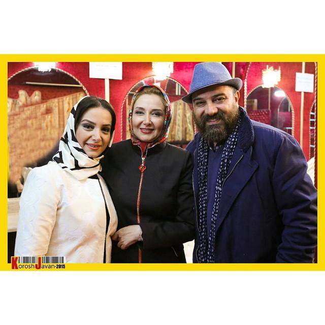 عکس برزو ارجمند و و همسرش در کنار کتایون ریاحی