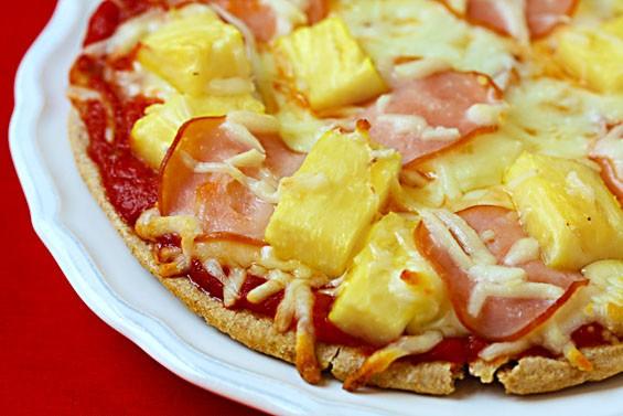 پیتزا هاوایی با نان پیتا
