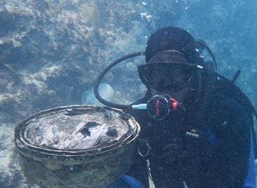 کشف گنج 500 ساله در اعماق دریا +عکس