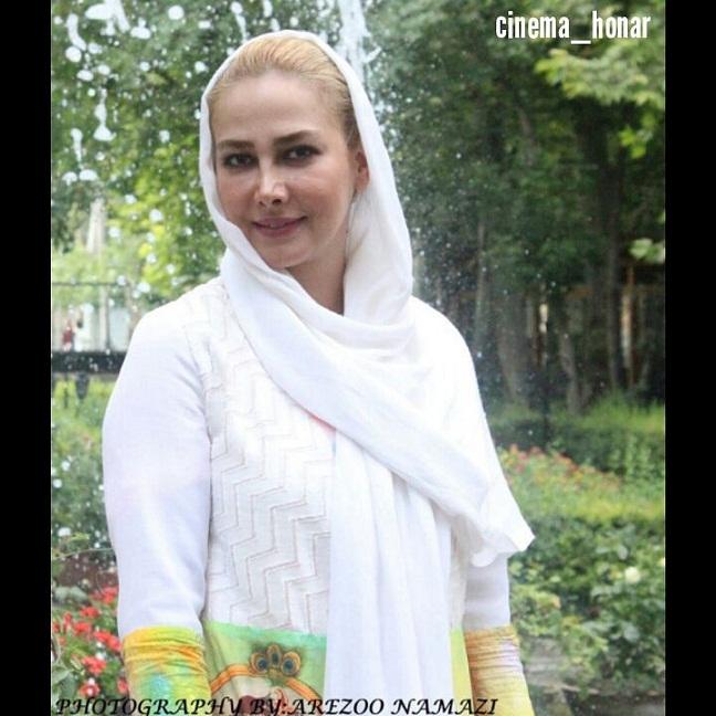 عکس های زیبای آنا نعمتی در اکران فیلم انارهای نارس
