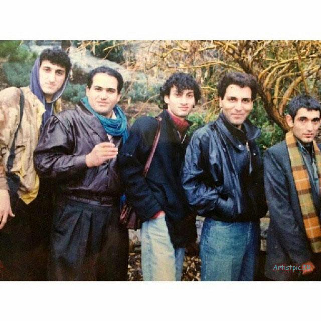 عکس قدیمی مهران مدیری و ارژنگ امیرفضلی و نادر سلیمانی و یوسف صیادی