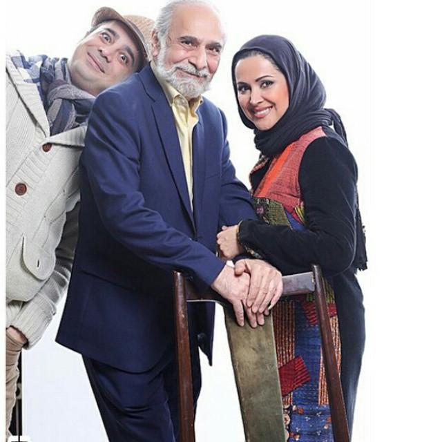 عکس کمند و سپند امیرسلیمانی در کنار پدرشان