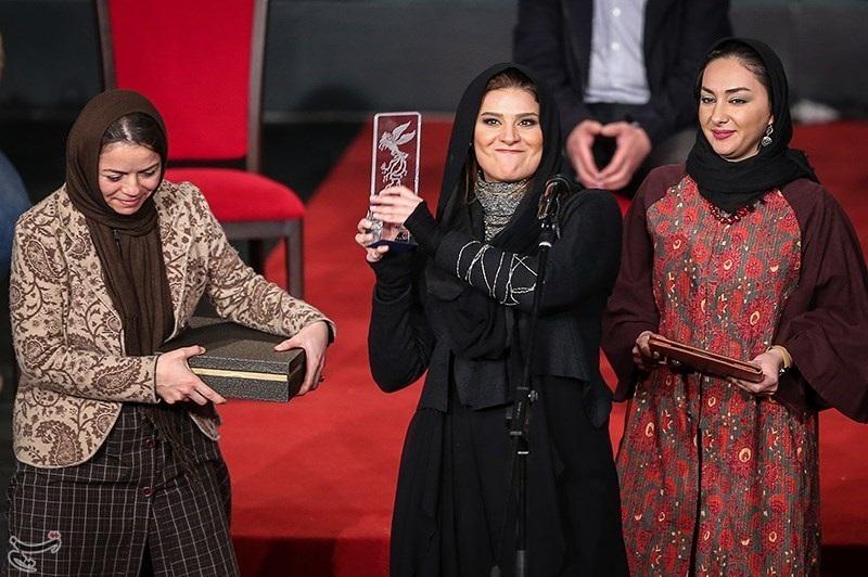 گالری عکس های سحر دولتشاهی در مراسم اختتامیه جشنواره فیلم فجر 33