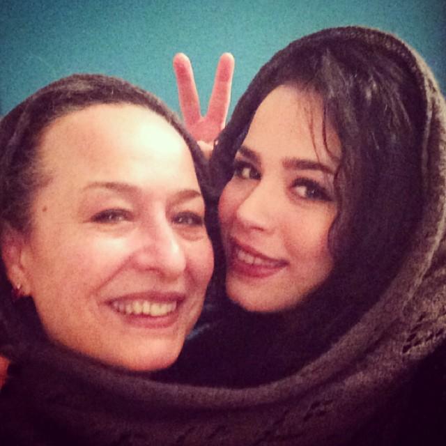 عکس جالب ملیکا شریفی نیا و مادرش آزیتا حاجیان