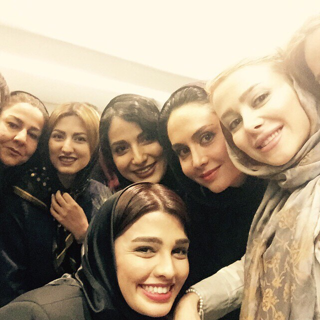 عکس سلفی سیما خضرآبادی و الناز حبیبی و مریم خدارحمی و سمیرا حسینی