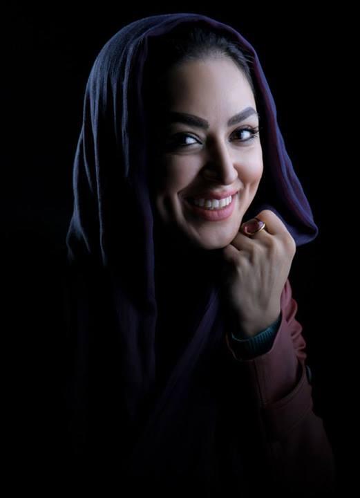 http://rozup.ir/up/7baner/7oak/gallery/Bazigaran/1/fariba_talebi__5.jpg