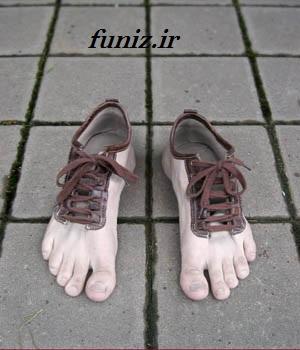 عکس کفش با طرح پا(جالب)
