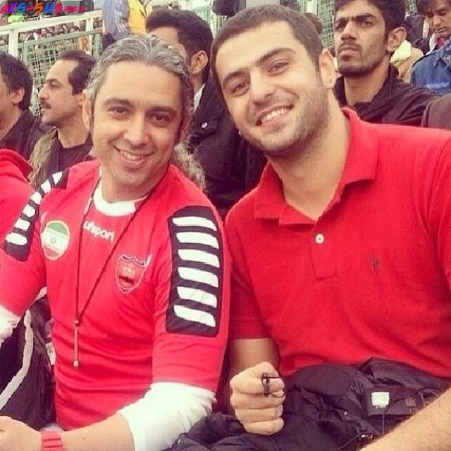عکس علی ضیا و مازیار فلاحی با لباس پرسپولیس