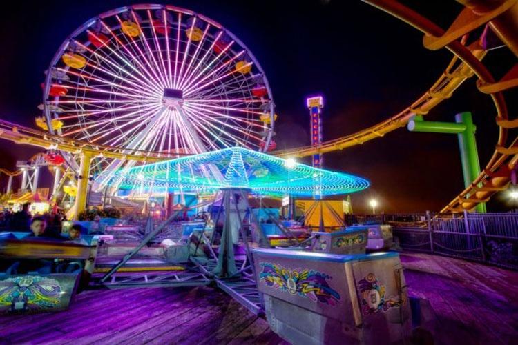 گشت و گذاری در ده پارک تفریحی برتر جهان