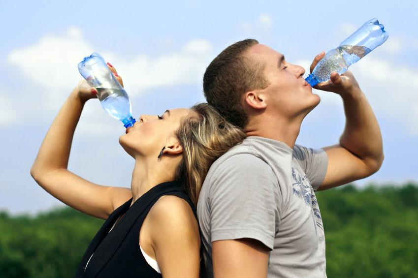نکاتی درباره نوشیدن آب سرد بعد از غذا