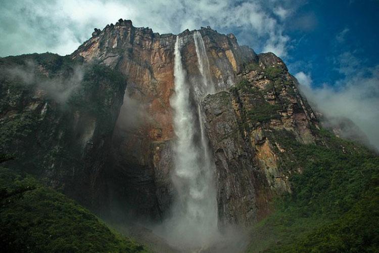 یباترین آبشارهای جهان را از نزدیک مشاهده کنید