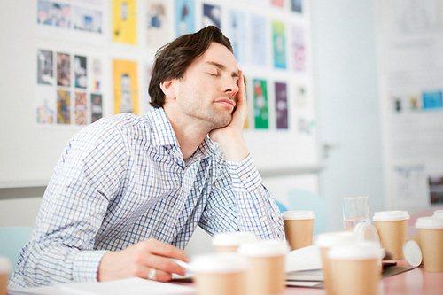 10 تاثیر عجیب کم خوابی