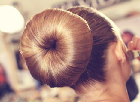 اموزش درست کردن شینیون مو به شکل دونات