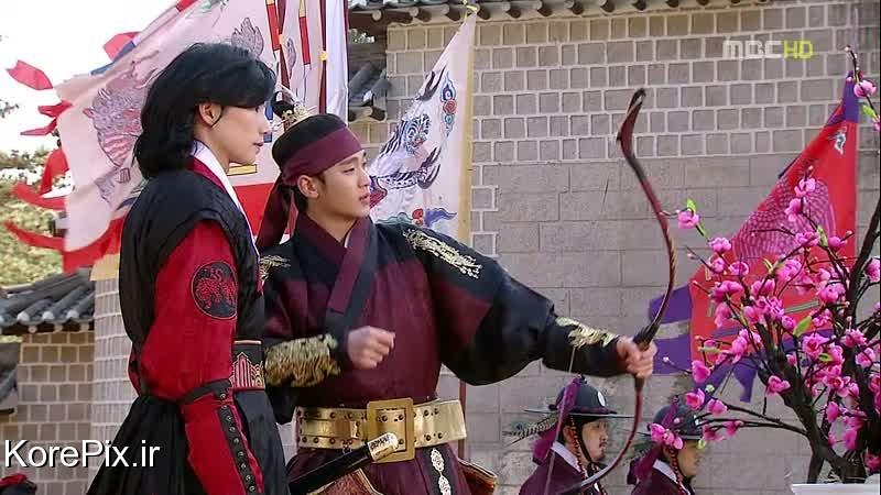 امپراطور لی هون و محافظ شخصی