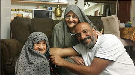 ابراز علاقه امیر جعفری به مادر و مادربزرگش +عکس