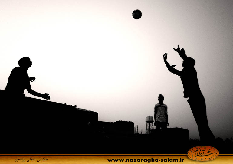 بازی والیبال جوانان نظرآقا در زمین خاکی - علی اکبر موسوی