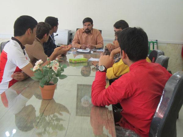 جلسه مدیر با شورای دانش آموزی