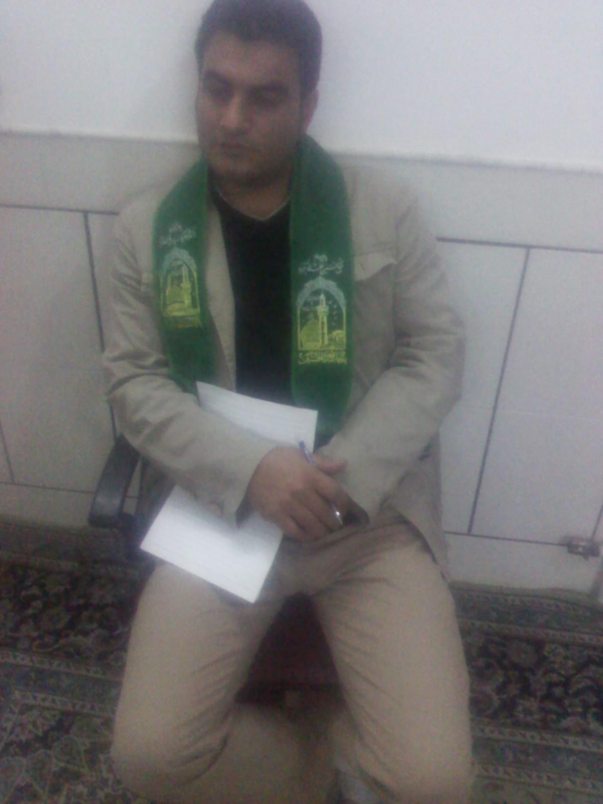 یکی اعضاء هئیت امناء حسینیه روستای آذران