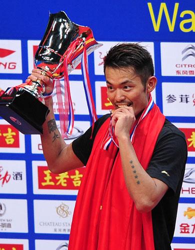 لین دان قهرمان مسابقات جهانی بدمینتون 2013