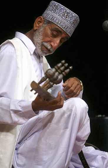 دانلود گلچینی از آهنگهای مرحوم کمالان حوت از شاعران حماسه سرای بلوچستان