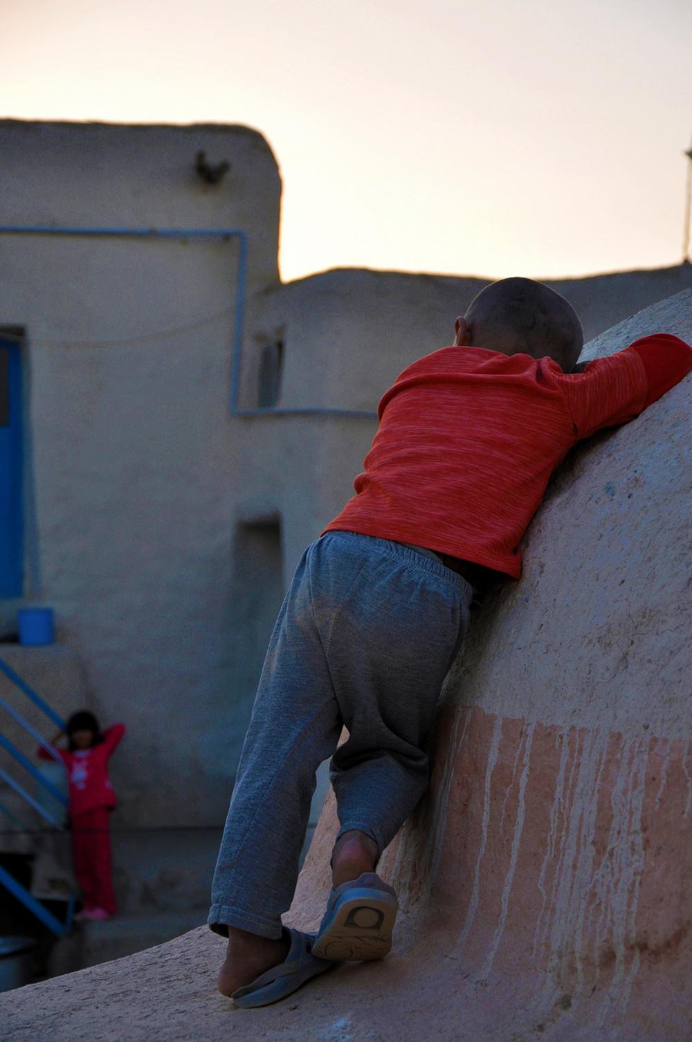عشق کودکانه-روستای زینل بیجار.91 - بهزاد نعمتی