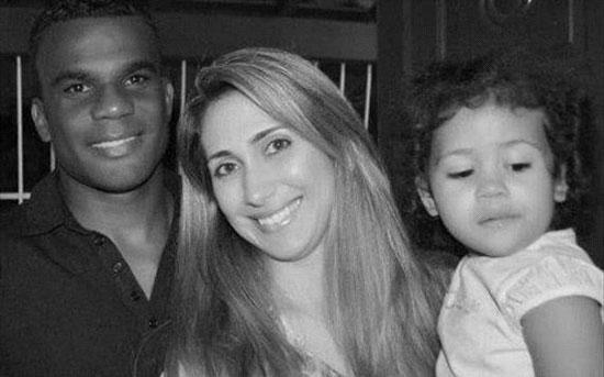 نیلسون و همسر و فرزندش