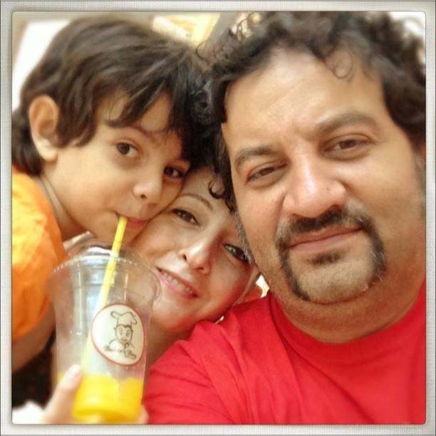 شقایق دهقان و همسر و فرزندش
