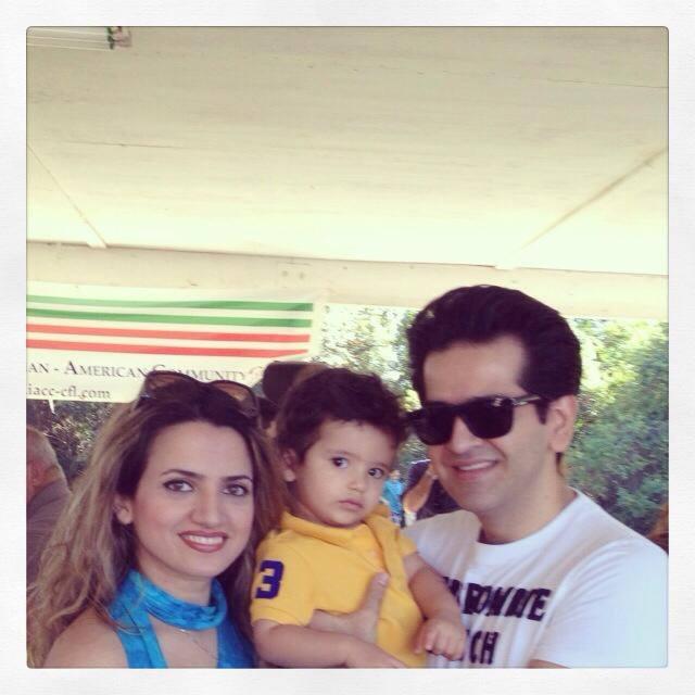 حمید طالب زاده و همسر و فرزندش