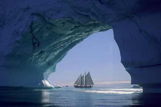تصاویر زیبا و دیدنی از توده های شناور یخ!