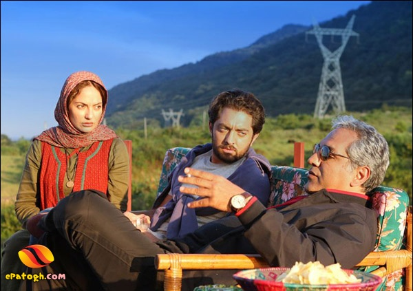 عکس مهران مدیری،بهرام رادان و مهناز افشار در پل چوبی | WwW.BestBaz.RozBlog.Com