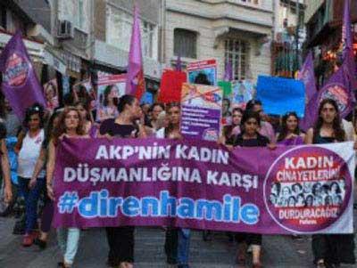 حرکت عجیب زنان حامله در ترکیه (عکس)