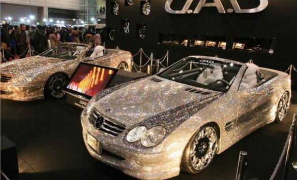 تصاویر ماشین پادشاه عربستان با تزیین الماس