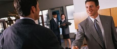 چطور در تجارت خود، مشتری دائم جذب کنید