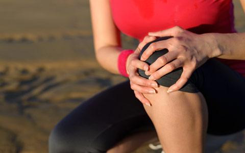 روش های طبیعی برای کاهش التهاب و درد زانو