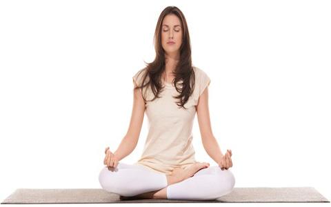 یوگا و آموزش حرکات برای کاهش استرس و افزایش قدرت