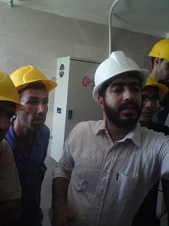 بازدید کارآموزان از پروسه نصب آسانسور