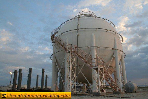 عملیات انگیزش و اسیدکاری مخازن نفتی