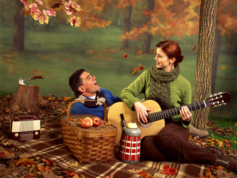 نتیجه تصویری برای تصاویرمتحرک پاییز عاشقانه