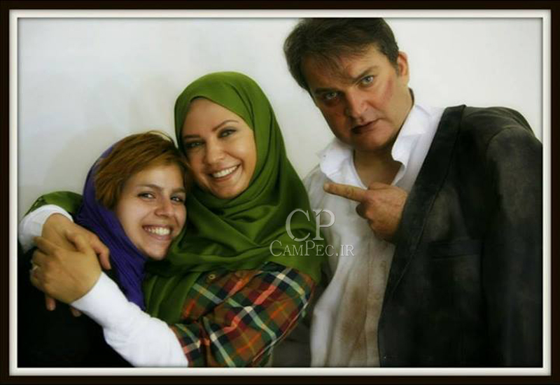 http://rozup.ir/up/deh/Pictures/bazigaran/www_CAMPEC_IR_POSHT_SAHNE_MADARANEH_4.jpg