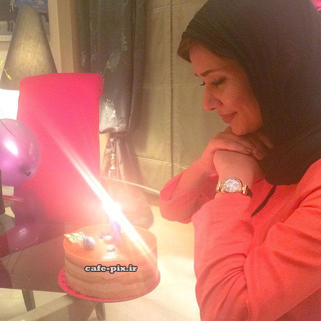 عکس جدید پریناز ایزدیار و کیک تولدش