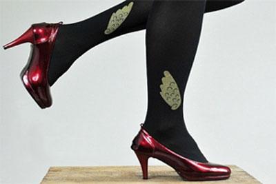 چگونگی بلند شدن پاها توی لباس