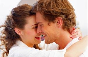 عواملی که زن را برای مرد جذاب می کند؟