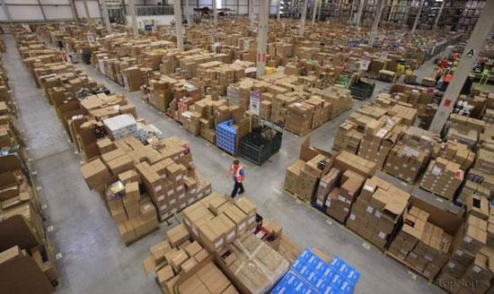 تصاویر انبار بزرگ شرکت آمازون