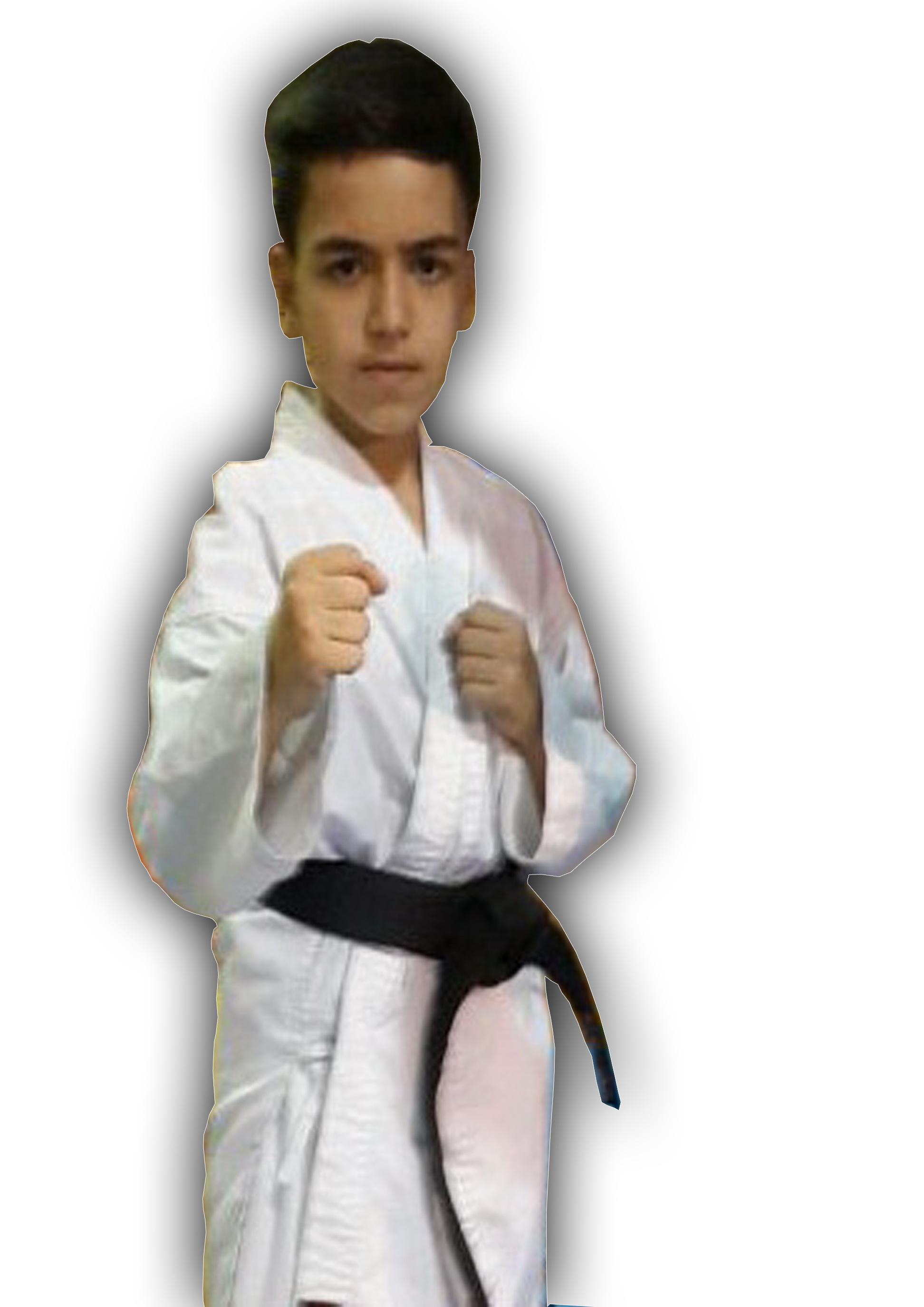 مدال طلای مسابقات جهانی سبک ذن شین کاراته بر گردن نوجوان شایسته ایوانی