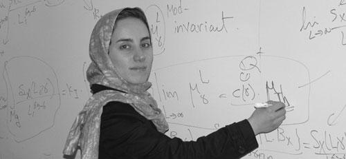 پروفسور مریم میرزاخانی نخستین زن برنده جایزه فیلدز