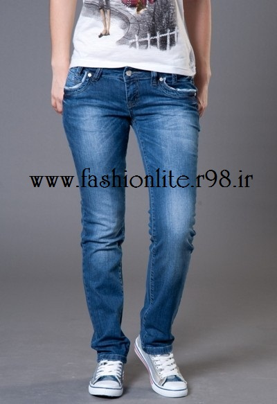 http://rozup.ir/up/fashionlite/Pictures/n/mode/13_choosingclothes.jpg