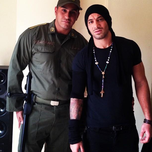 عکس امیر تتلو با ی سرباز
