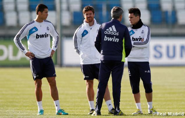 عکس های جالب و زیبای رونالدو در تمرینات رئال مادرید__fifapix.rozblog.com__