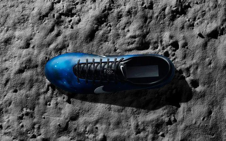 مدل جدید کفش رونالدو __fifapix.rozblog.com__
