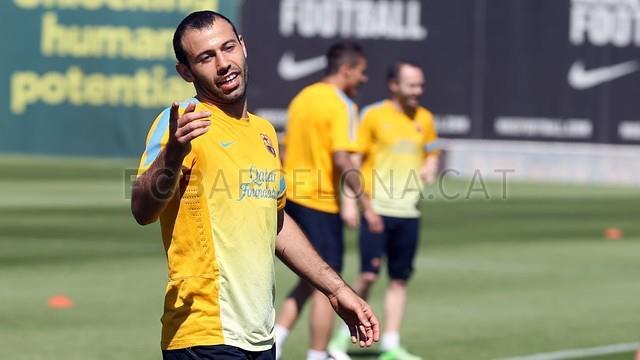 عکس های 2013 بازیکنان بارسلونا در تمرینات __fifapix.rozblog.com__